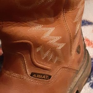 Ariat work boots worn a bit and steel toe
